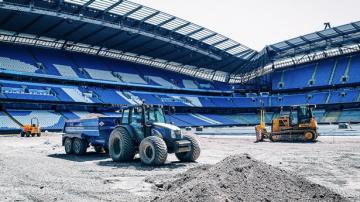 Man City show off work to make Etihad Stadium pitch a UK first